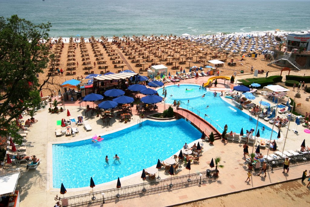 hotel admiral nisipurile de aur 372 euro pentru doua persoane