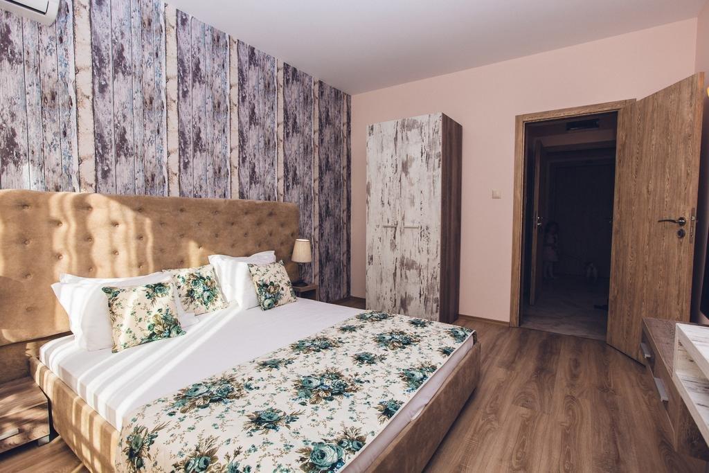 AVENUE DELUXE 1 Vacanțe ieftine All Inclusive în Bulgaria cu cazare 150 de euro în vara 2020