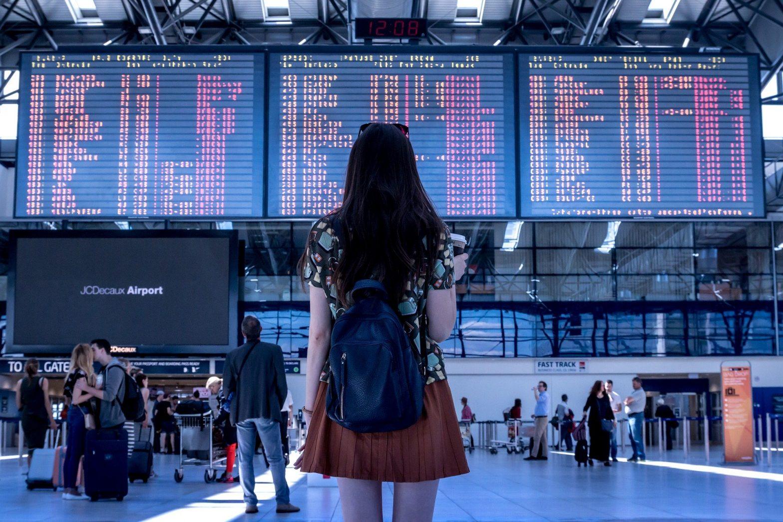 Operatorii aerieni din România au modificat o serie de zboruri spre Italia din cauza epidemiei de coronavirus din Europa și au devenit mai flexibili