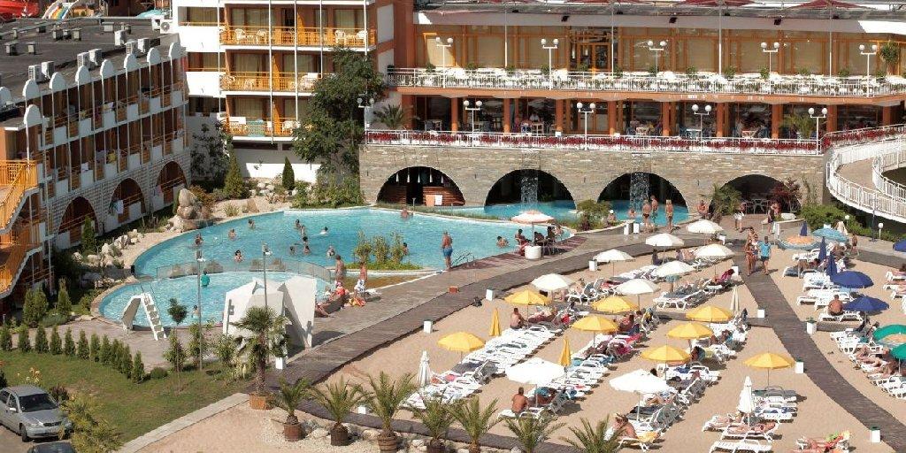 Hotel nesebar beach holiday park  Vacanțe ieftine All Inclusive în Bulgaria cu cazare 150 de euro în vara 2020