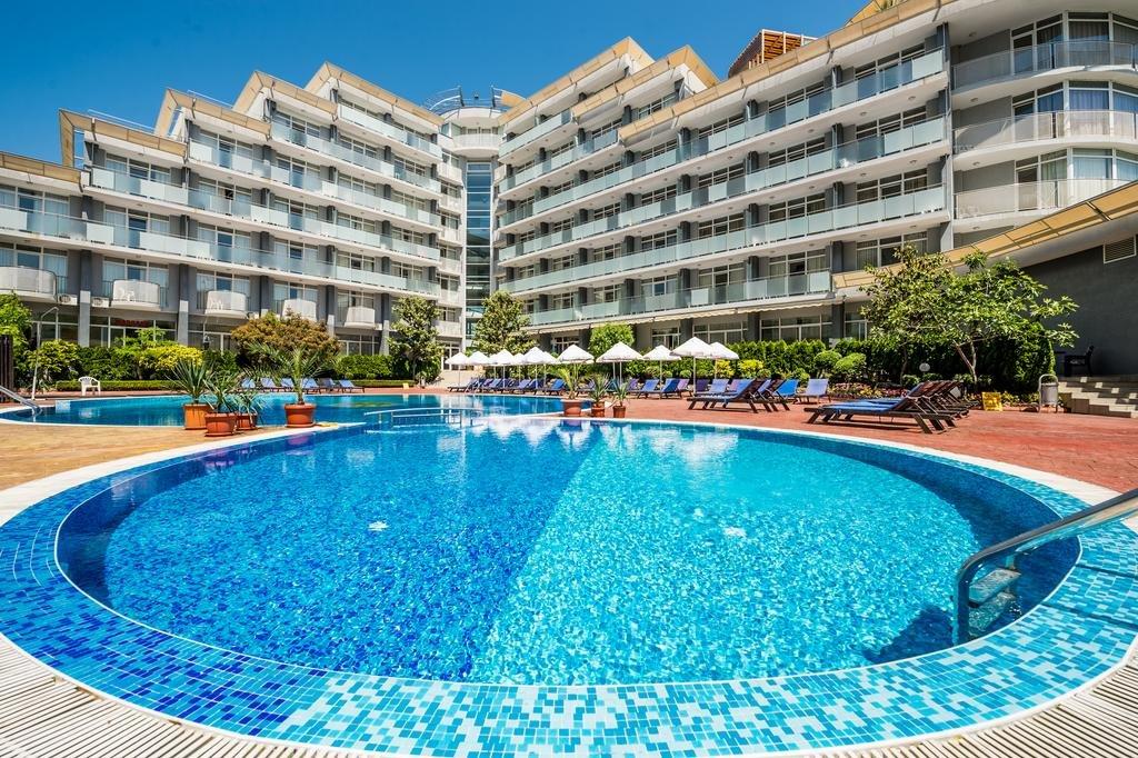Hotel perla Vacanțe ieftine All Inclusive în Bulgaria cu cazare 150 de euro în vara 2020