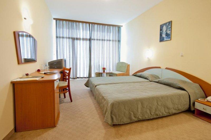 hotel palm beach nisipurile de aur vacanta all inclusive bulgaria 2020